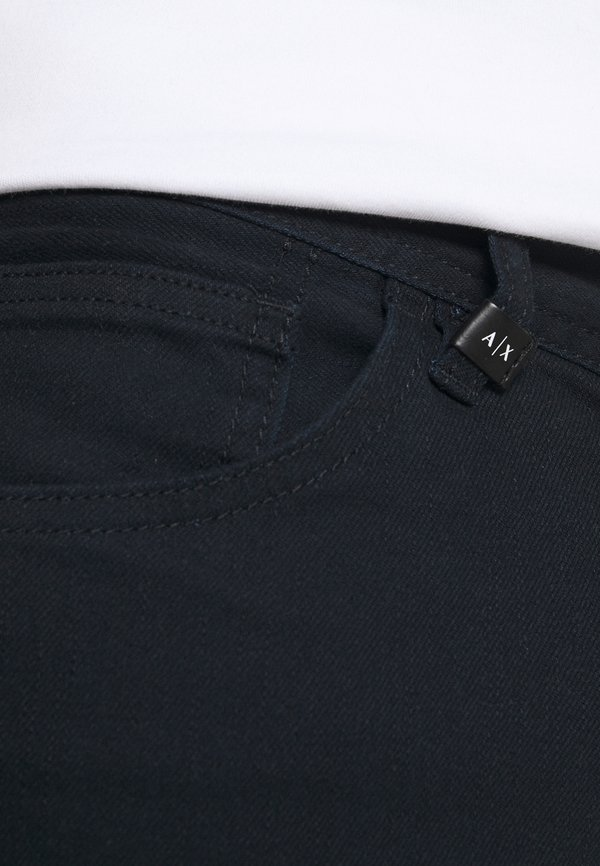 Armani Exchange 5 POCKET PANT - Jeansy Slim Fit - navy/granatowy Odzież Męska TVBY