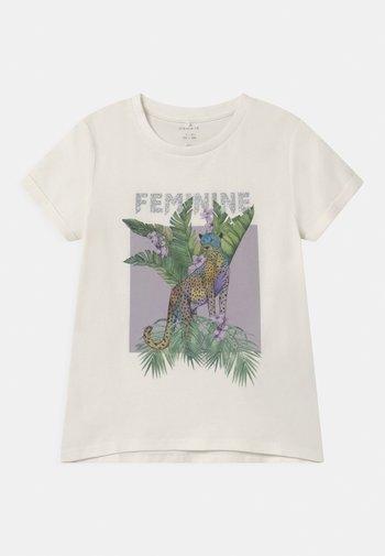 NKFDINARA  - Print T-shirt - white