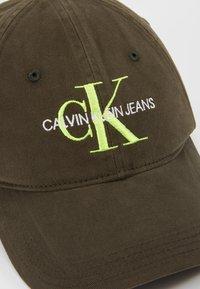 Calvin Klein Jeans - MONOGRAM - Czapka z daszkiem - green - 6