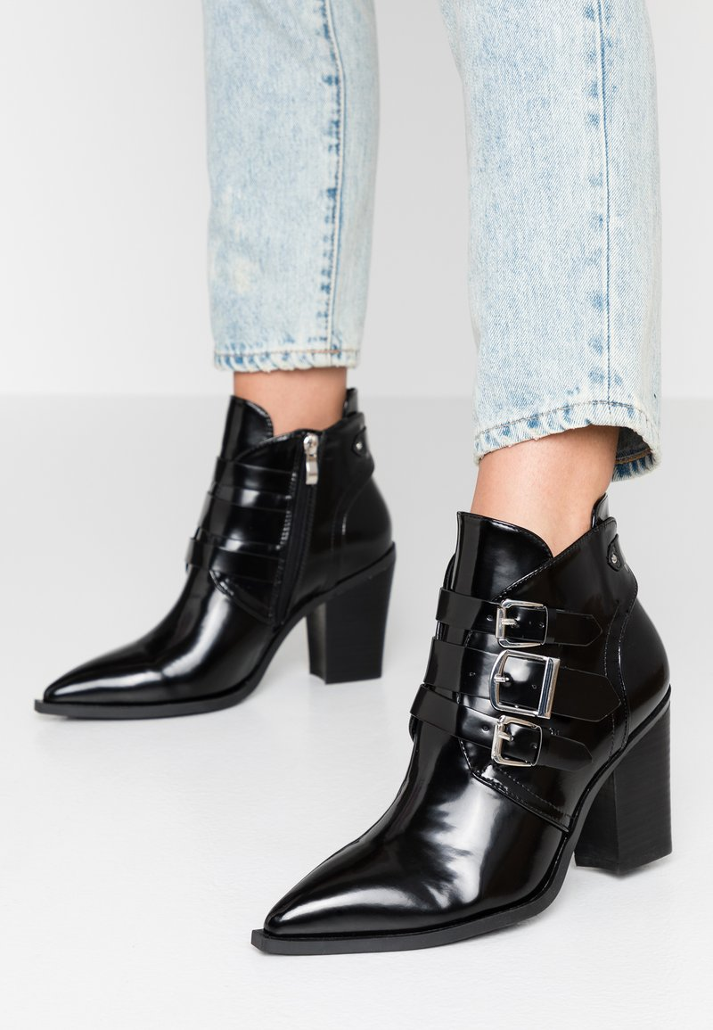co wren - High heeled ankle boots - black