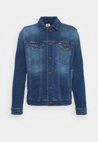 Tommy Jeans - REGULAR TRUCKER JACKET - Džínová bunda - wilson mid blue stretch - 4
