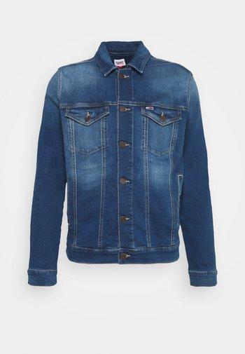 REGULAR TRUCKER JACKET - Džínová bunda - wilson mid blue stretch