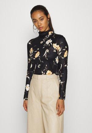 PCNALA PRINT TURTLE NECK - Bluzka z długim rękawem - black