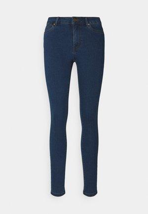 VMJUDY  - Jeans Skinny - medium blue denim