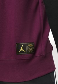 Nike Performance - PARIS ST GERMAIN FLC HOODIE - Klubbkläder - black/bordeaux/metallic gold/white - 4