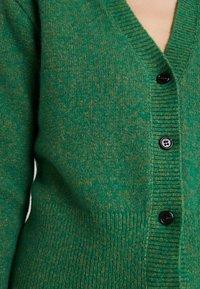 Birgitte Herskind - PATRICIA CARDIGAN - Chaqueta de punto - green - 5