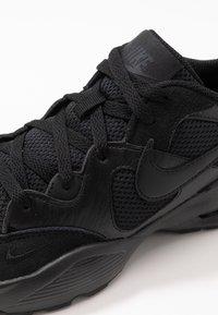 Nike Sportswear - AIR MAX FUSION  - Tenisky - black - 2