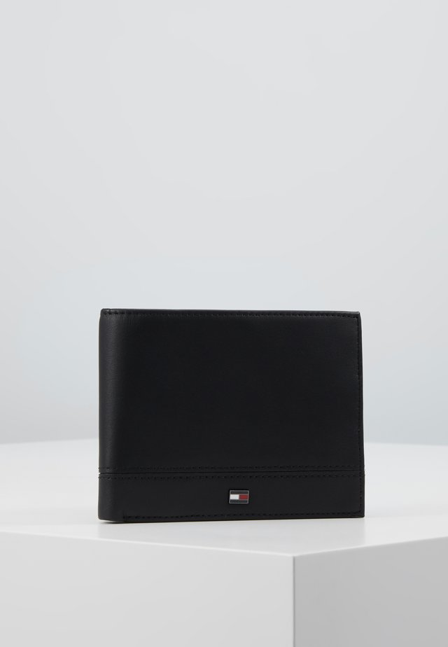 ESSENTIAL FLAP AND COIN - Lompakko - black