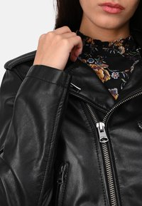 Oakwood - RADIO - Veste en cuir - black - 3