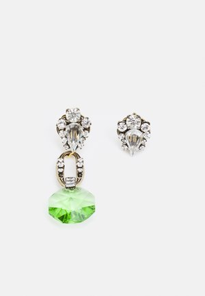 Earrings - green