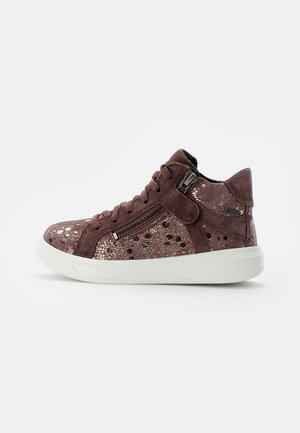 COSMO - Trainers - lila