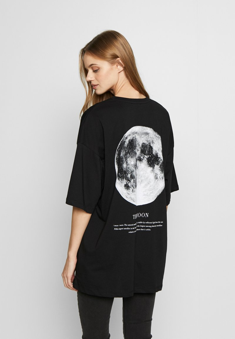 Even&Odd - T-shirt med print - black