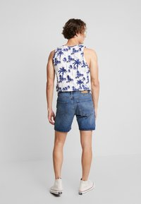 Jack & Jones - JJICHRIS JJORIGINAL - Shorts di jeans - blue denim - 2