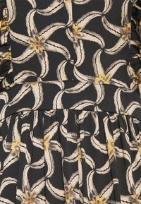 Scotch & Soda - DRAPEY DRESS WITH SCALLOPED EDGE DETAILS - Maxi dress - black - 2
