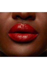 MAC - LOVE ME LIQUID LIPCOLOUR - Liquid lipstick - marrakesh me later - 4