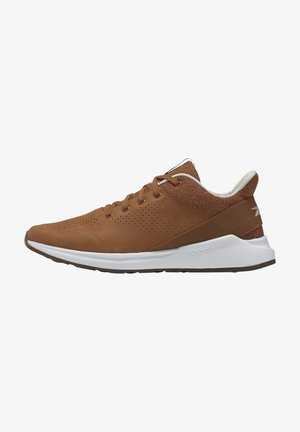 EVER ROAD DMX 2.0 SHOES - Chaussures d'entraînement et de fitness - brown