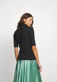 Hummel Hive - CAROLINE - Camiseta estampada - black - 2
