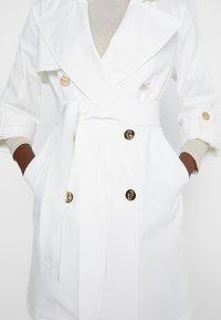 LIU JO - TRENCH - Trenchcoats - star white - 6