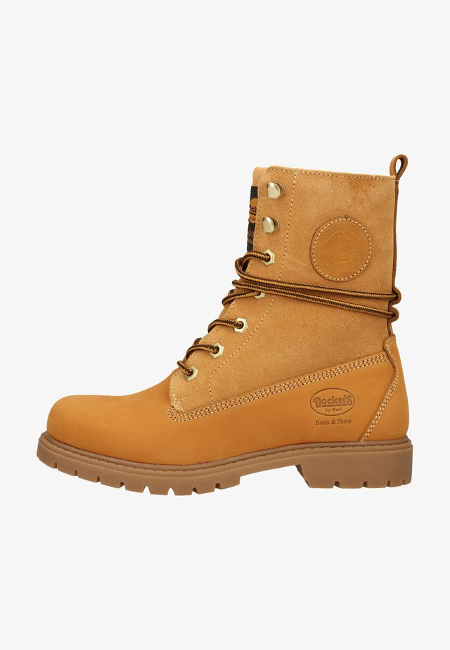 Winter boots - golden tan