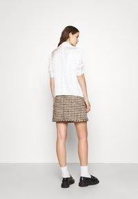 sandro - Mini skirt - marron beige - 2