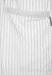 CAWÖ - CARRERA - Dressing gown - weiß/grau - 5