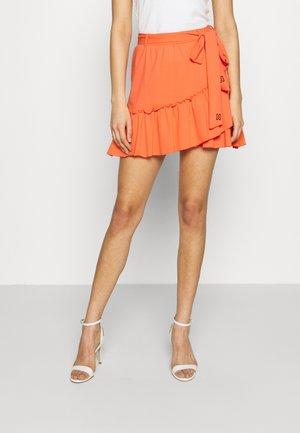 SUZY RUFFLE WRAP SKIRT - Mini skirt - solar