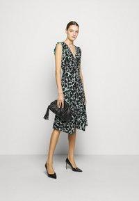Diane von Furstenberg - DYLAN - Day dress - black - 1
