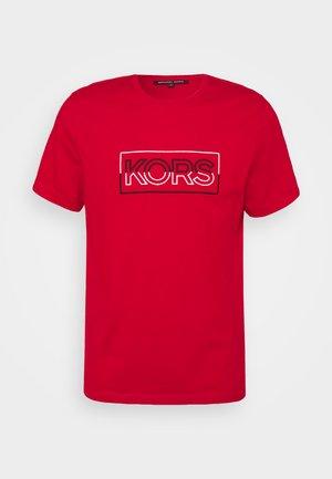 BOX TEE - Print T-shirt - crimson