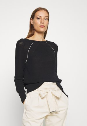 COILED V BACK - Sweter - black