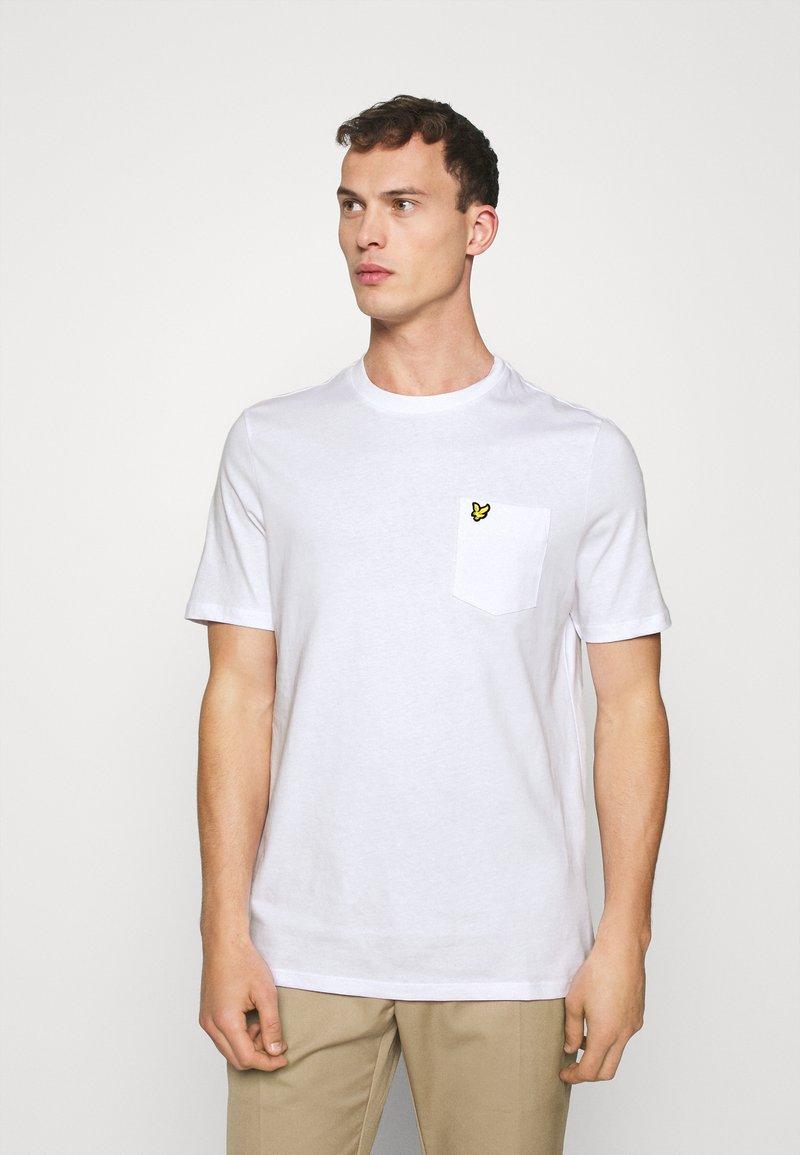 Lyle & Scott - RELAXED POCKET - T-shirt - bas - white