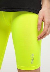 myMo ATHLSR - Shorts - neon yellow - 3