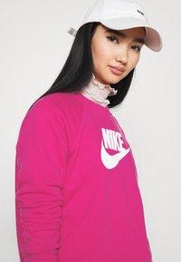 Nike Sportswear - CREW - Sweater - fireberry/white - 3