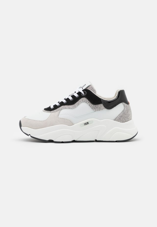 ROCK - Sneakers laag - off white/hasta/black