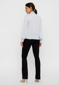 Vero Moda - Blouse - halogen blue - 2