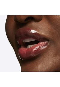 MAC - BLACK CHERRY GLOW PLAY LIP BALM - Lip balm - fleur welcome - 2
