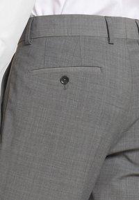 Esprit Collection - TROPICAL SUIT - Oblek - light grey - 7