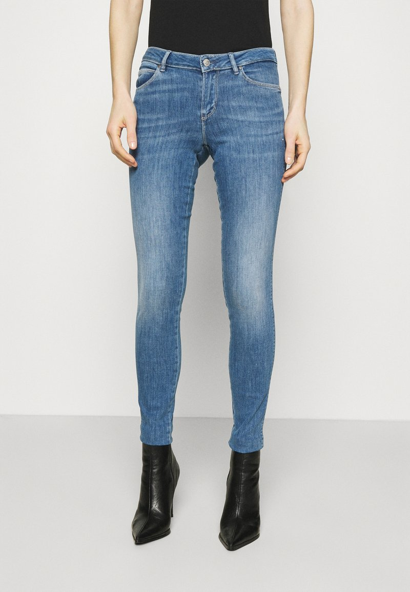 Guess - CURVE - Jeans Skinny Fit - alabama