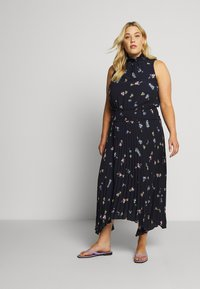Vince Camuto Plus - ROMANTIC BUDS PLEATED DRESS - Maxikjoler - dark blue - 1