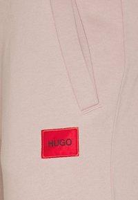 HUGO - DOAK - Teplákové kalhoty - pink - 5