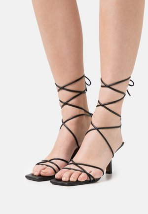 LOW STILETTO ANKLE STRAP HEELS - Sandalias - black