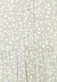 Vero Moda Tall - VMSIMONE SHORT DRESS - Shirt dress - desert sage - 2