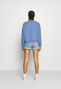 Levi's® - GRAPHIC DIANA CREW - Sweatshirt - colony blue - 2