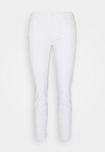 ALVA - Tapered-Farkut - bright white