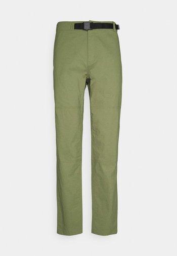 M RIDGE PANT MAYFLY GREEN - Tygbyxor - mayfly green