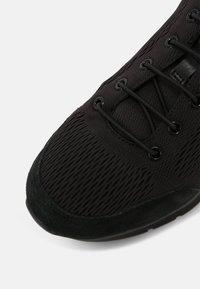 Geox - MONREALE - Sneakersy niskie - black - 4