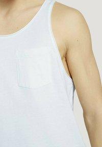 TOM TAILOR DENIM - TANK  MIT BRUSTTASCHE - Top - mint white yd thin stripe - 3