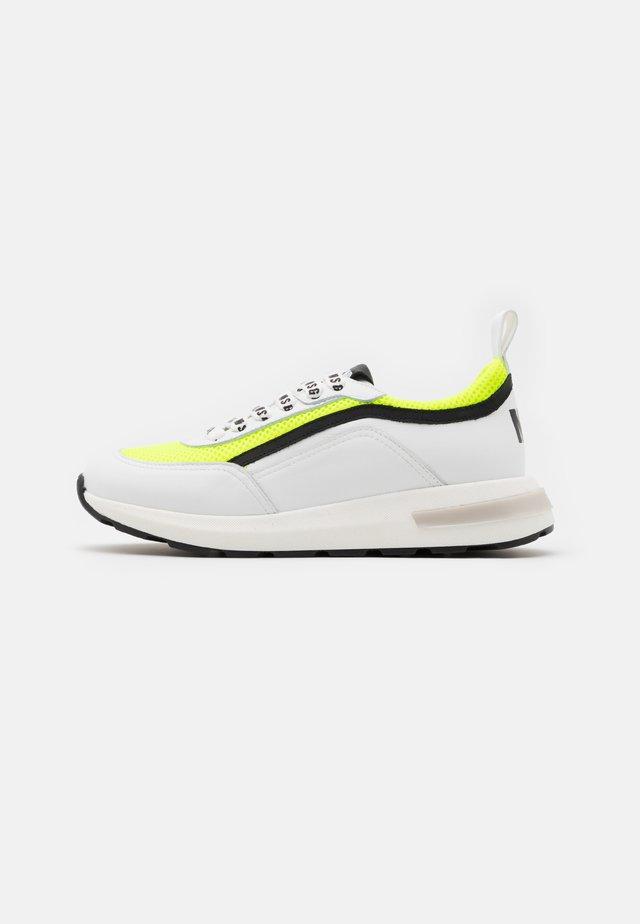 Baskets basses - white/neon yellow