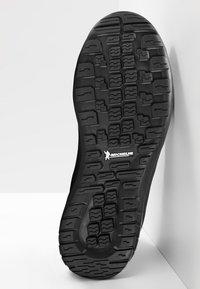 Mammut - FALERA II HIGH WP  - Winter boots - black-dark titanium - 4