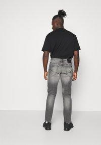 G-Star - STRAIGHT - Jeans straight leg - otas black stretch denim faded anchor - 2