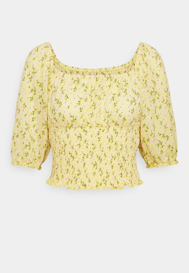 ONLPELLA SMOCK - Camiseta estampada - sunshine